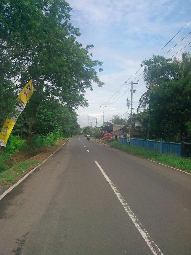 Jalan Menuju Bagedur - Binuangen
